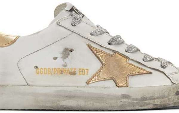 Golden Goose Sneakers right