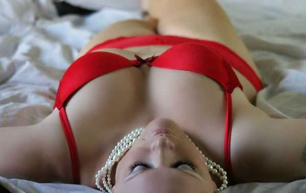 Plan a Meeting with an Independent Escort in Gurgaon