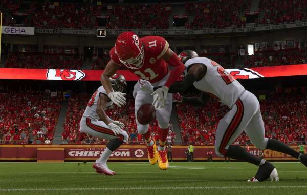 Players can follow the instructions of Madden Ultimate Team