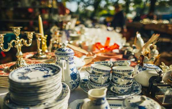 Which is Better: Auctions or Estate Sales?